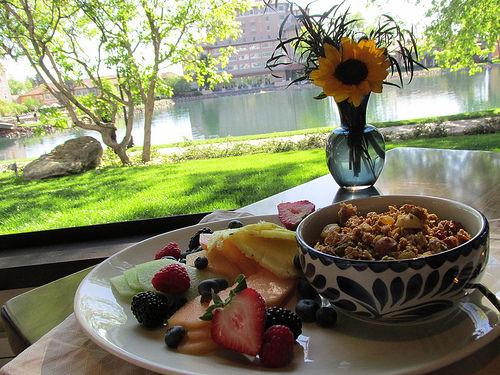 broadmoor, ristorante del lago, granola, breakfast, colorado springs