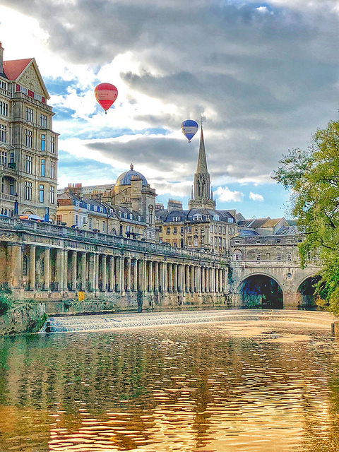 hot air balloon, river avon, pulteney bride, 9 things to do in bath england