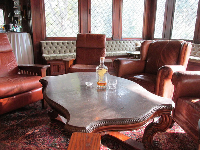 rose hill estate lounge, aiken rum club, south carolina