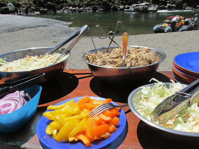 row adventures, rogue river, southern oregon, oregon, lunch
