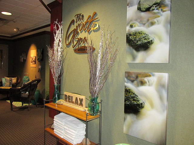 royal canadian grotto spa, spa, alberta, canada