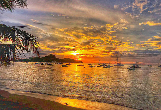 things to do in portrero costa rica, flamingo harbor, puerto portrero sunset, guanacaste costa rica, beaches of costa rice