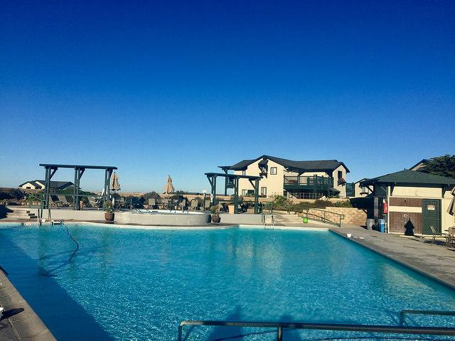 swimming pool, sanctuary beach resort, marina, california