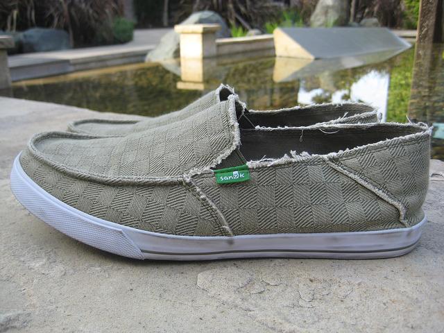 sanuk, sidewalk surfers, shoes, surfer shoes