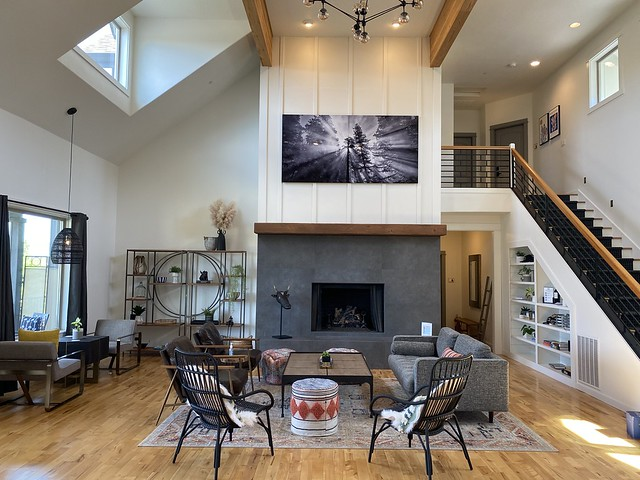 Setting Inn Willamette Valley great room in Newberg, Oregon