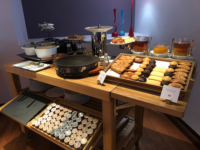 le b breakfast buffet, sofitel biarritz le miramar hotel, biarritz, france