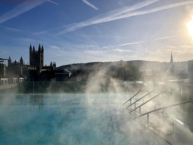 thermae bath spa, thermae bath spa roof top pool, bath england rooftop pool, bath abbey, somerset england