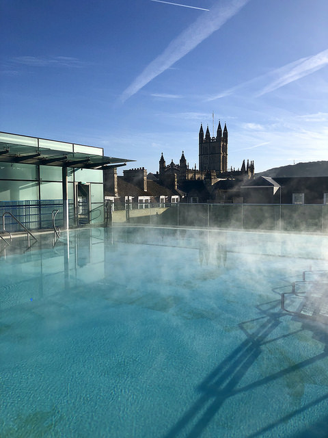 thermae bath spa rooftop pool, bath abbey, england