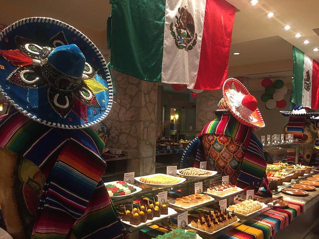 mexican fiesta, westin lagunamar, ocean restaurant, cancun, quintana roo, mexico