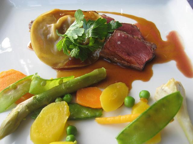 beef, ravioli, la terrassee, meyroone, france, dordogne valley