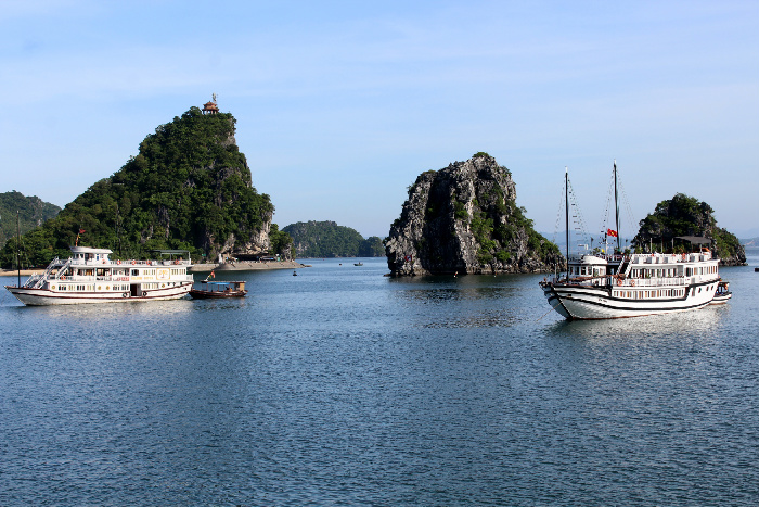halong-bay-inlet