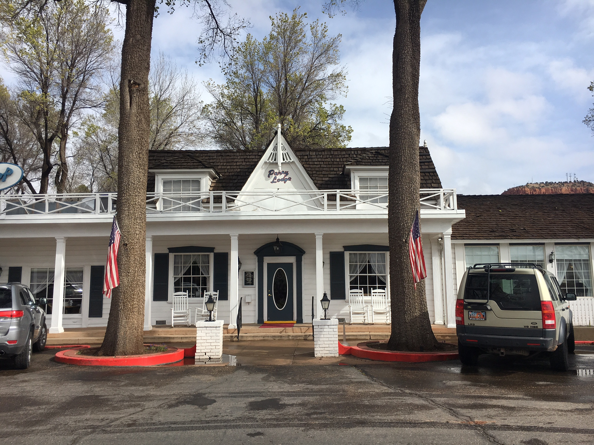 Kia Near Me >> Hotel Review: Parry Lodge, Kanab, Utah - Nancy D Brown