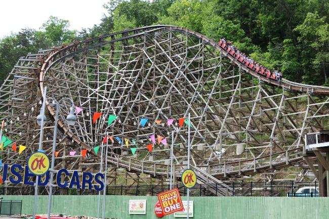 Lightening Rod Roller Coaster at Dollywood