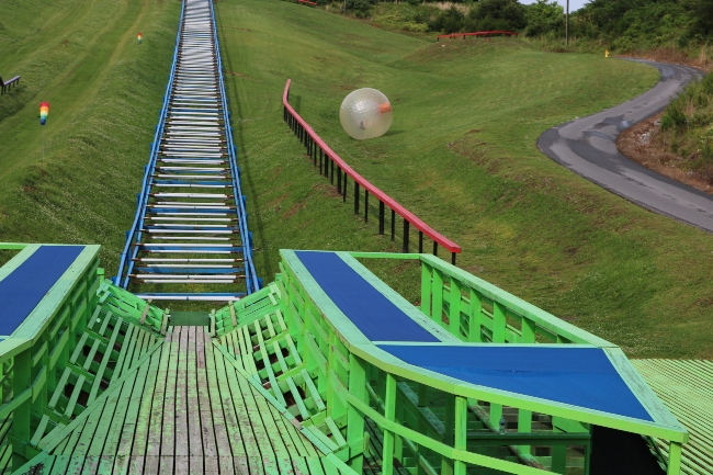 pigeon forge, zorbing
