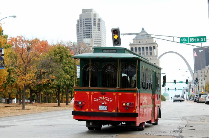 St. Louis Trolley tours give an excellent St. Louis introduction.