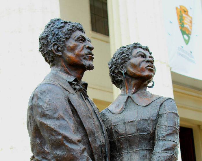 Dred and Harriet Scott in front of the Old Courthouse