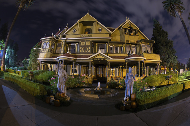 winchester mystery house, winchester mystery house halloween candlelight tour, san jose, california, halloween things to do san jose, things to do in san jose with kids